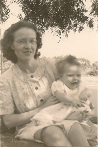 Mama and me, 1946